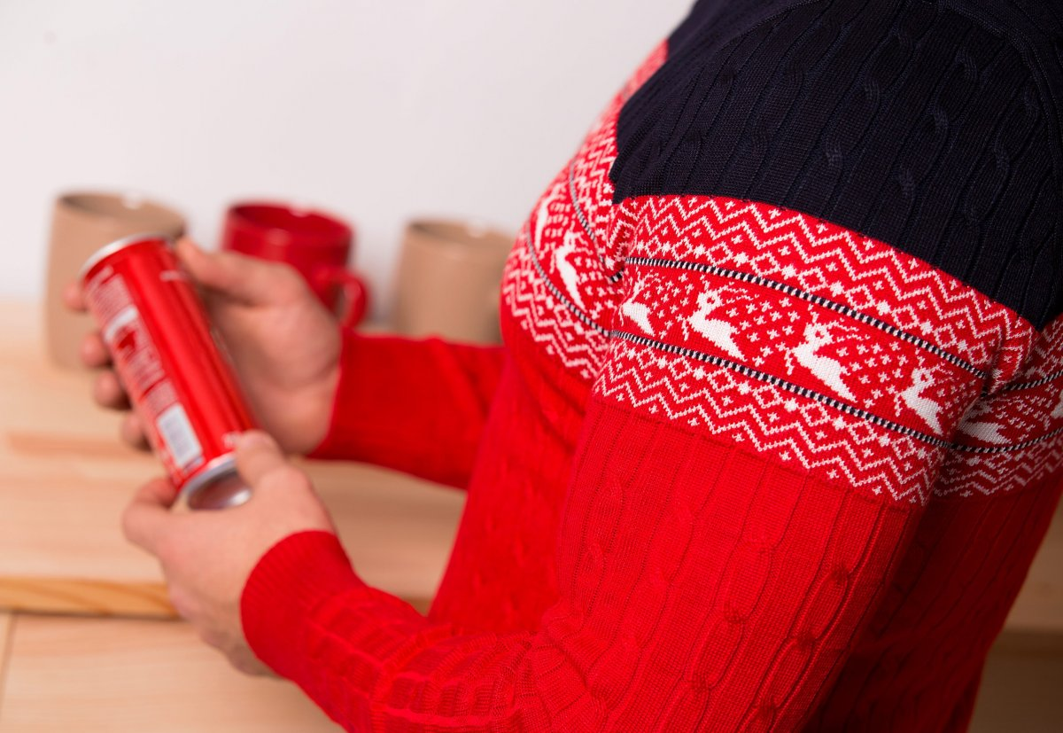 Свитер красный с оленями Trend 77043 - Фото 2